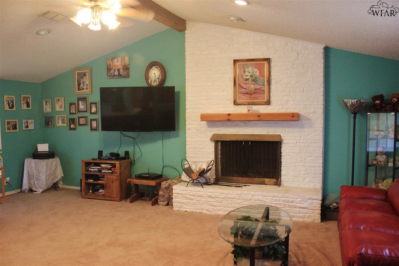 4601 Kennedy Road, Vernon, TX 76384
