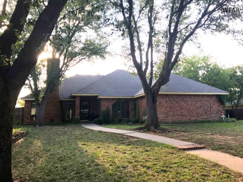 3414 Horseshoe Bend Estates, Iowa Park, TX 76367