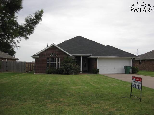 1340 E Sycamore Drive, Burkburnett, TX 76354