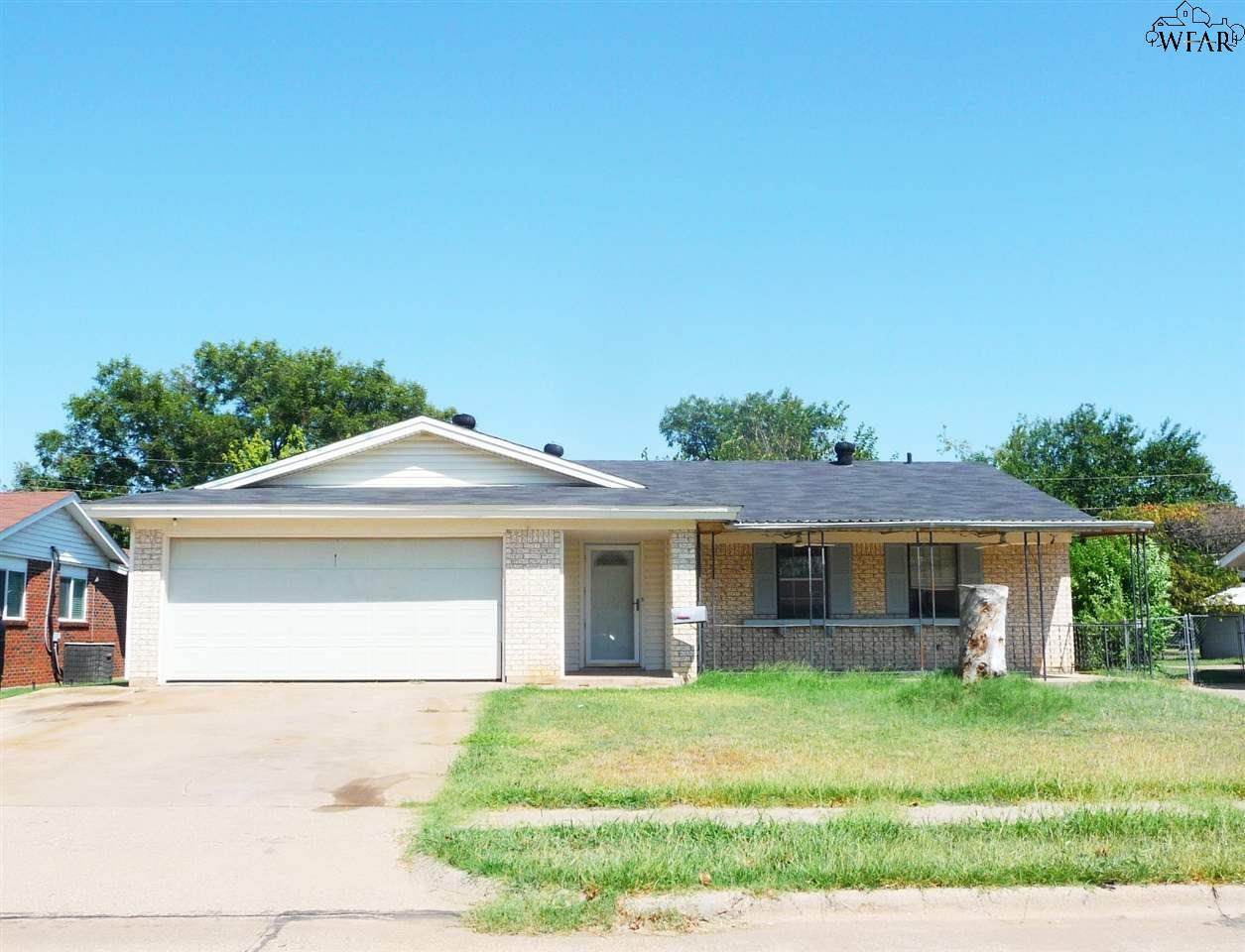 5105 Rockpoint Street, Wichita Falls, TX 76310