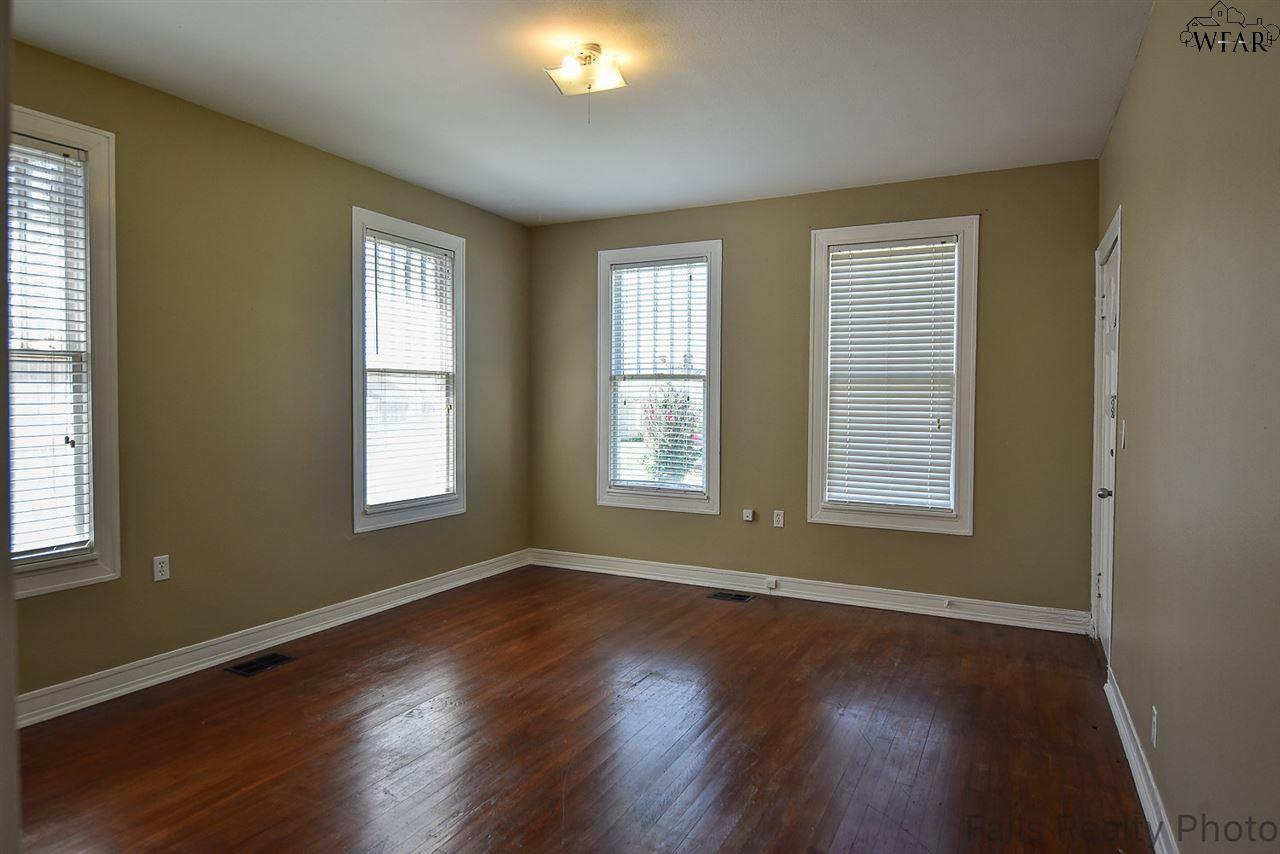 1652 Pearl Avenue, Wichita Falls, TX 76301