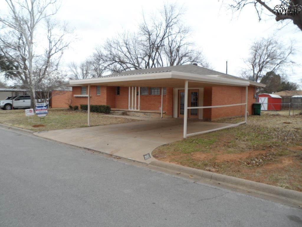 1110 Shady Lane, Burkburnett, TX 76354