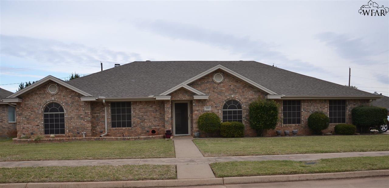 100 Hickory Street, Holliday, TX 76366