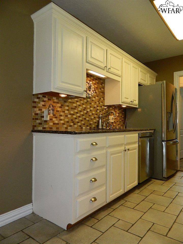 2221 Piedmont Place, Wichita Falls, TX 76308