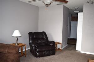 1300 N Jackson Street, Iowa Park, TX 76367
