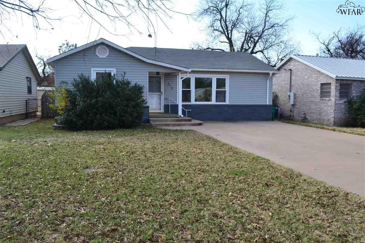 519 W Aldine Street, Iowa Park, TX 76367