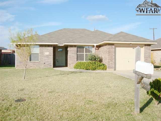 1231 Newman Avenue, Iowa Park, TX 76367