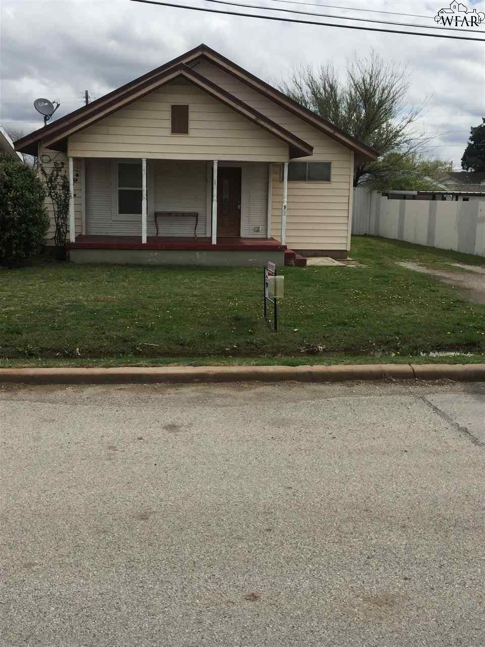 507 S Main Street, Holliday, TX 76366