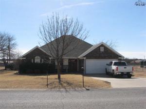 4117 Country Meadows Drive, Iowa Park, TX 76367
