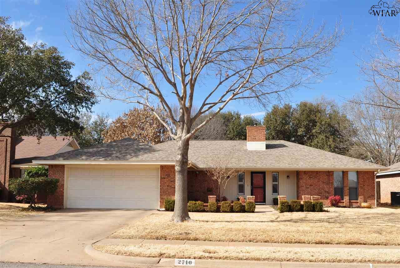 2710 Shepherds Glen, Wichita Falls, TX 76308