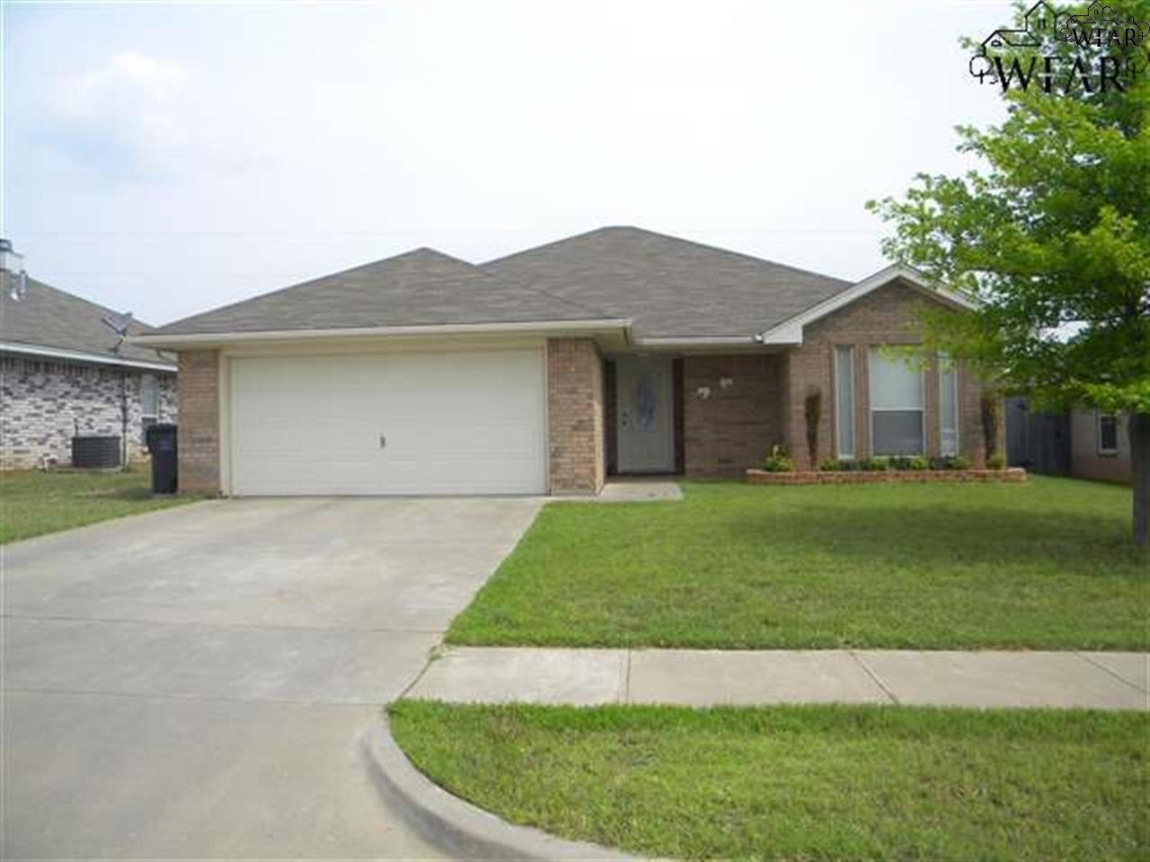 5413 Flo Drive, Wichita Falls, TX 76302