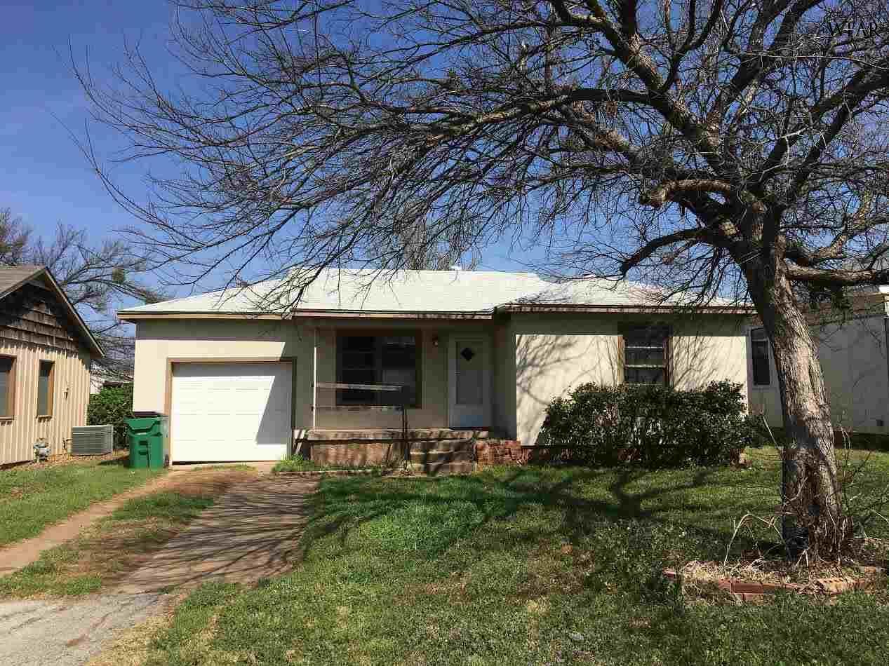 602 W Washington Avenue, Iowa Park, TX 76367