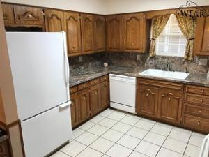 2715 Miller Court, Wichita Falls, TX 76308