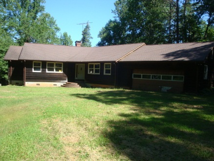 300 Carrick Creek Ct, Pickens, SC 29671