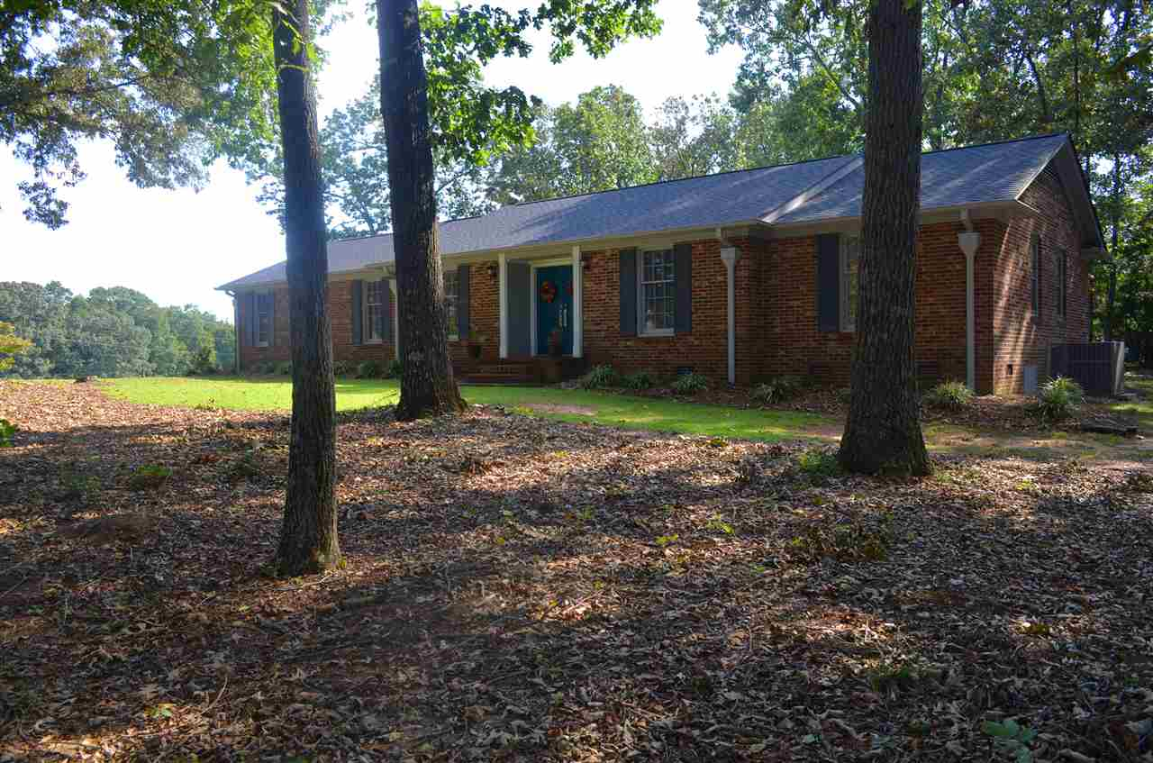 1 Camelia Cir, Williamston, SC 29697