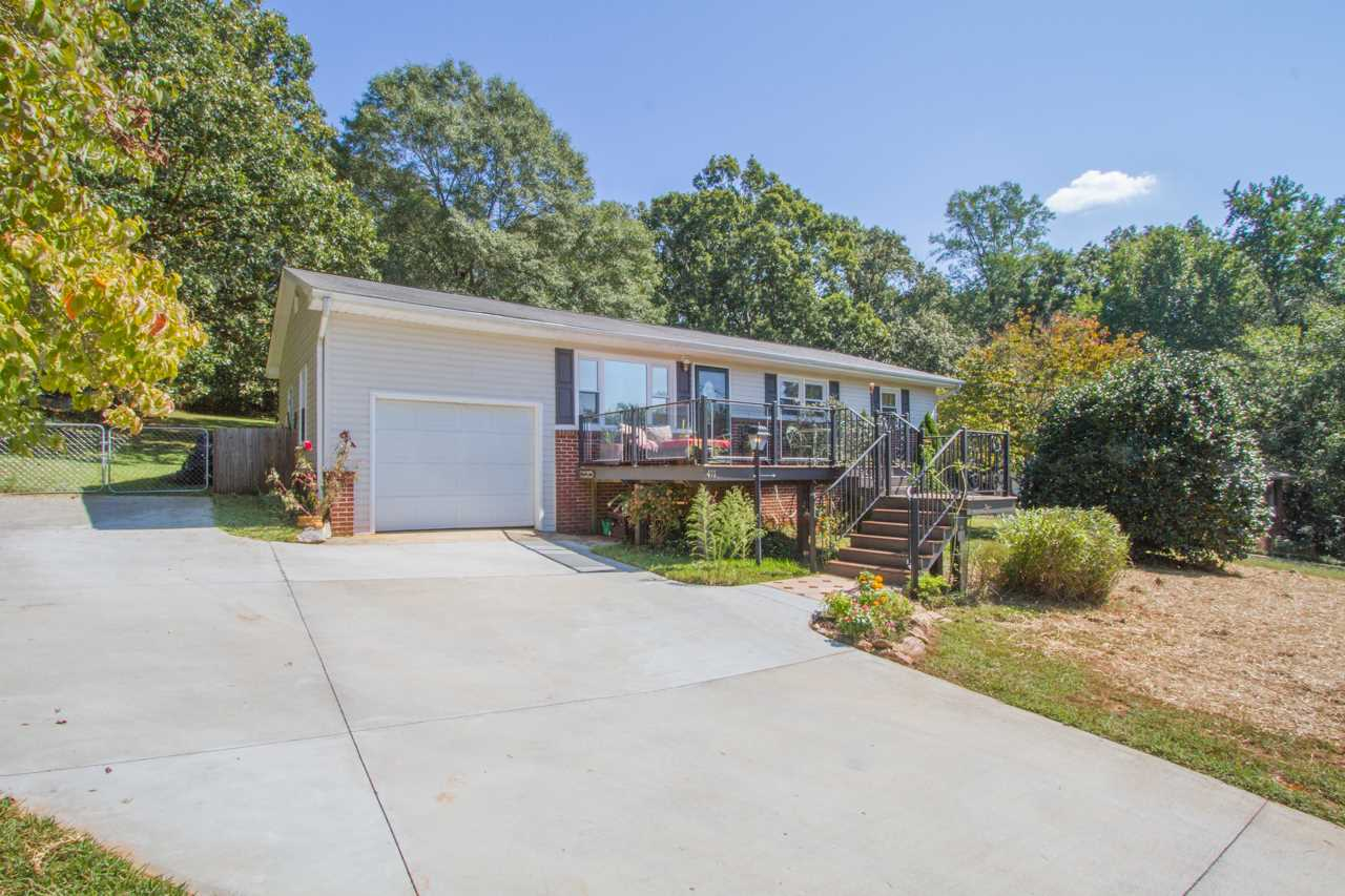 411 Hartview Circle, Anderson, SC 29625
