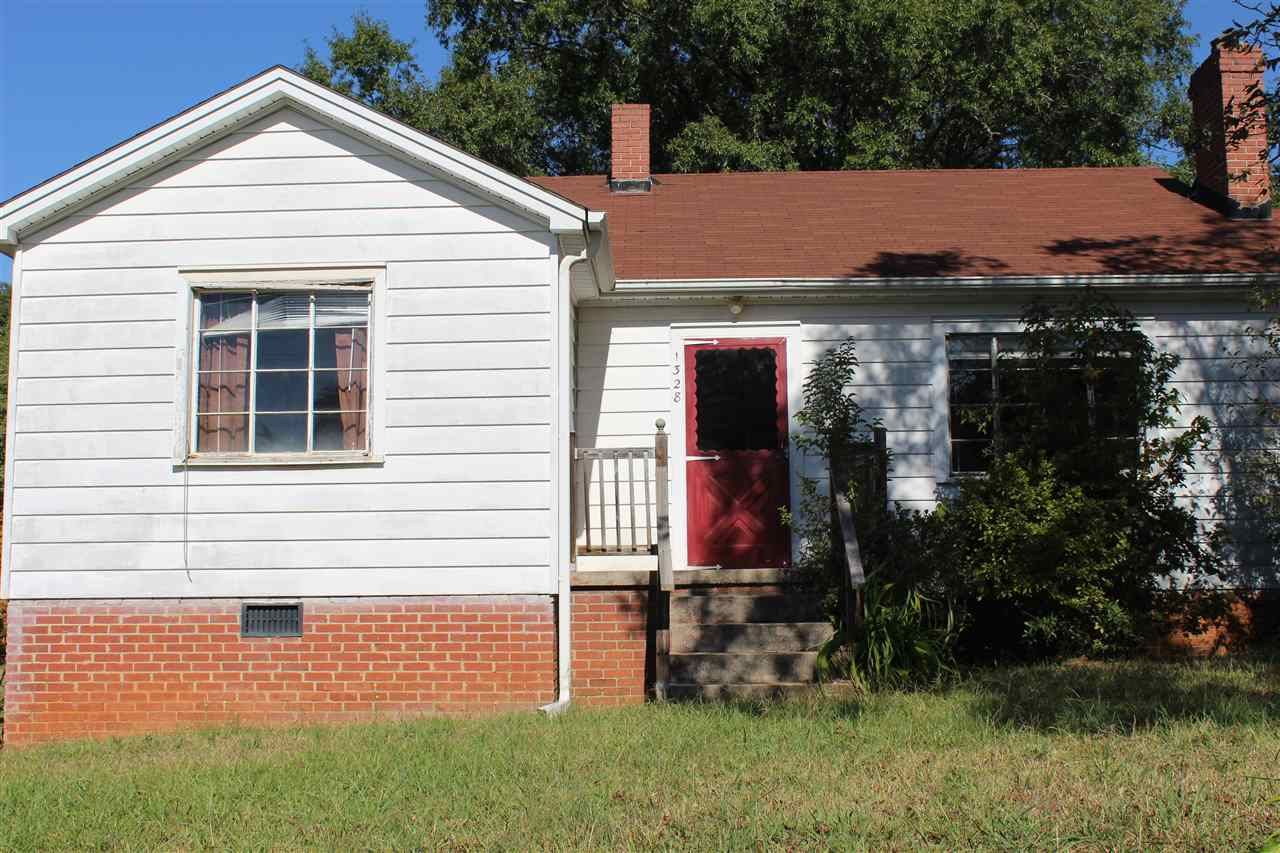 1328 Bleckley Street Ext., Anderson, SC 29625