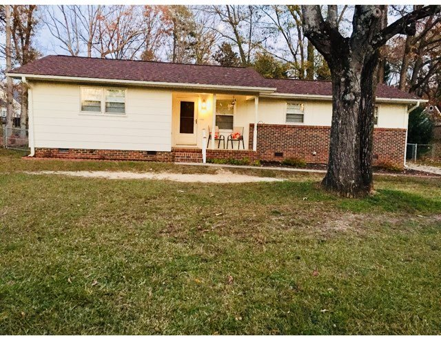 105 Vinewood Ct, Simpsonville, SC 29680