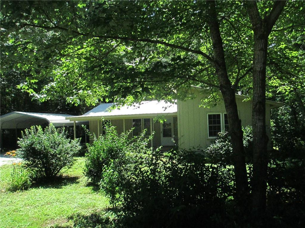 454 Eastcliff Drive, West Union, SC 29696