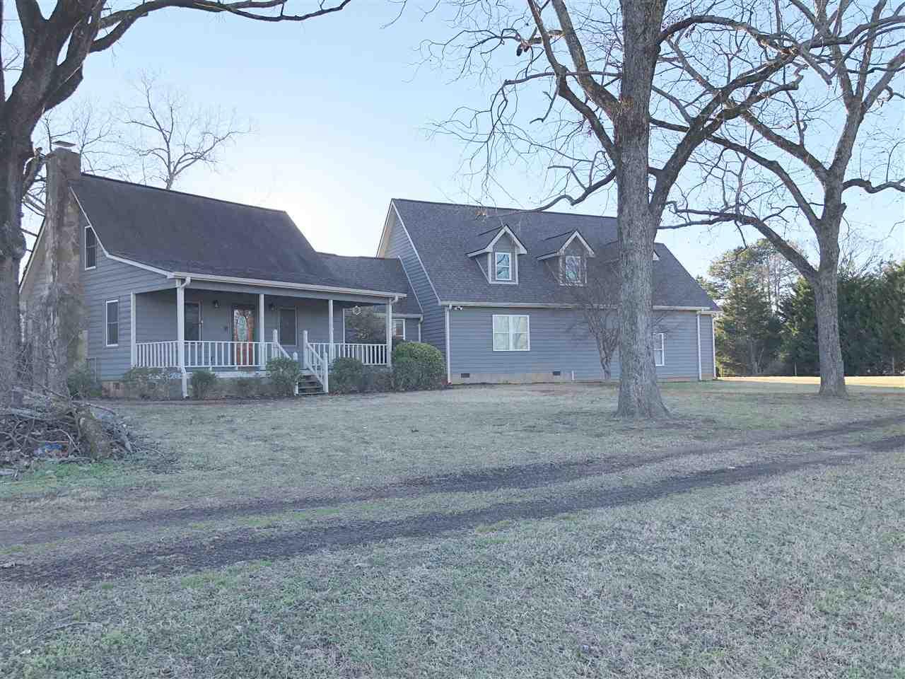 111 N Grant Rd, Seneca, SC 29678