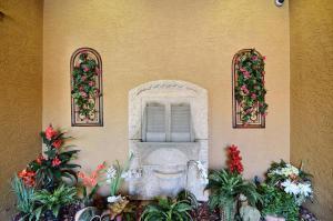 20 Orange Avenue, Fort Pierce, FL 34950