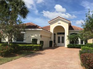 8837 Champions Way, Port Saint Lucie, FL 34986