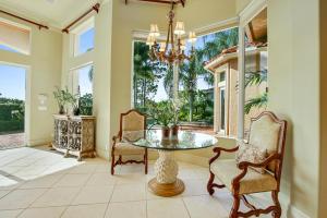 231 Se Bella Strano, Port Saint Lucie, FL 34984
