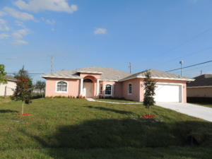 3043 Se Wake Road, Port Saint Lucie, FL 34984