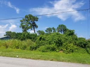 2417 Sw Cooper Lane, Port Saint Lucie, FL 34953