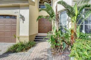 5835 Nw 42nd Terrace, Boca Raton, FL 33496