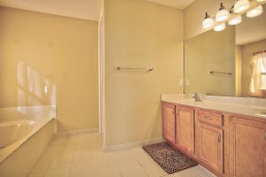 1904 Se Grand Drive, Port Saint Lucie, FL 34952