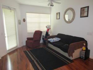3229 Laurel Ridge Circle, Riviera Beach, FL 33404