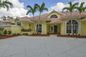 18505 Se Heritage Oaks Lane, Tequesta, FL 33469