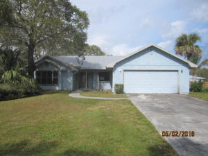 7508 Roberts Road, Fort Pierce, FL 34951