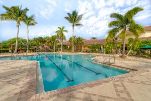 7816 Saddlebrook Drive, Port Saint Lucie, FL 34986
