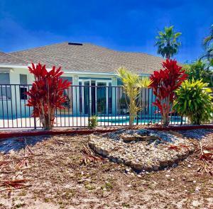 2734 Se Eagle Drive, Port Saint Lucie, FL 34984