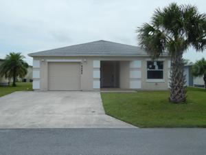 14285 Zorzal Avenue, Fort Pierce, FL 34951