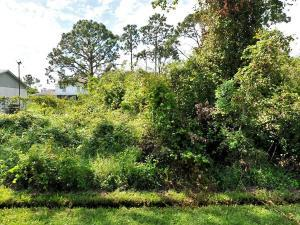 1908 Sw Taurus Lane, Port Saint Lucie, FL 34984
