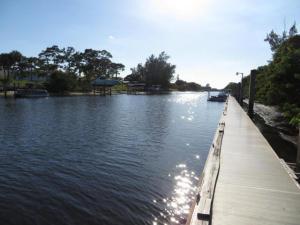 5048 Heatherhill Lane, Boca Raton, FL 33486