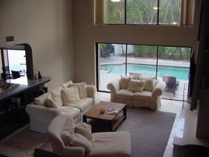 9140 Villa Portofino Circle, Boca Raton, FL 33496