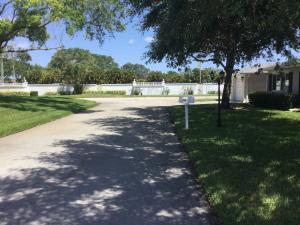 10088 S 42nd Way, Boynton Beach, FL 33436