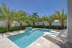 927 St George Boulevard, Delray Beach, FL 33483