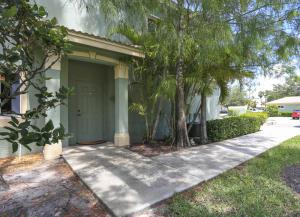 320 Crestwood Circle, Royal Palm Beach, FL 33411