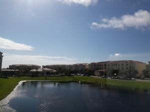 1 Harbour Isle E Drive, Fort Pierce, FL 34949