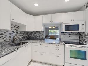 1516 S Lakeside Drive, Lake Worth, FL 33460