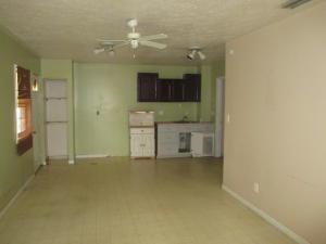 108 Sw Lakehurst Drive, Port Saint Lucie, FL 34983
