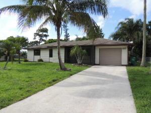 137 Sw Lakehurst Drive, Port Saint Lucie, FL 34983