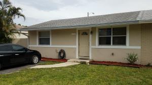 4728 Chariot Circle, Greenacres, FL 33463