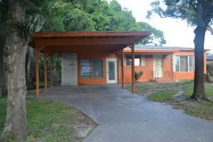 1208 S 12th Street, Fort Pierce, FL 34950