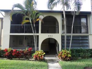 442 Pine Glen Lane, Greenacres, FL 33463